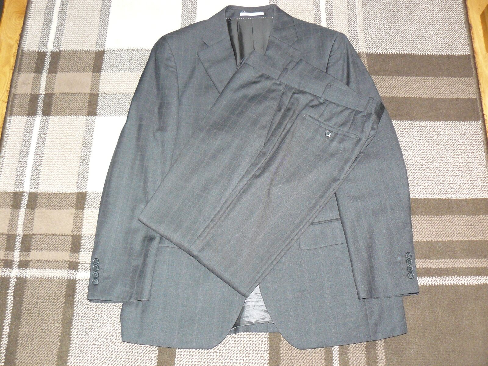 GENUINE 'NEXT' CHARCOAL TWO PIECE WOOL SUIT (42 CHEST   36 REG) - EXCELLENT