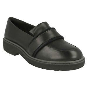 mit flachem aus Clarks Ruby Alexa Absatz schwarzem Schuhe Flache Ladies Leder 8Hgaawqnp