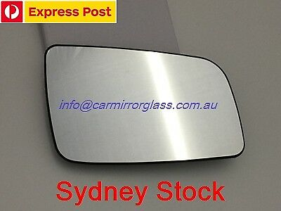 RIGHT DRIVER SIDE HOLDEN ASTRA (TS) 1998 - 2005 MIRROR GLASS WITH HEATED BASE