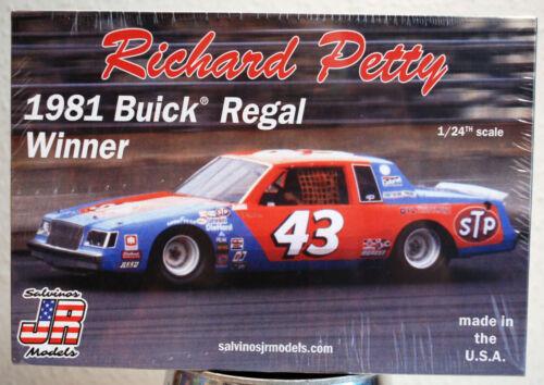 1981 Buick Regal Nascar Winner  # 43 Richard Petty STP 1:25 SalvinosJR