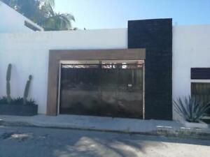 Edificio en venta con 9 estudios 2 departamentos, Ejido Playa del Carmen P3509