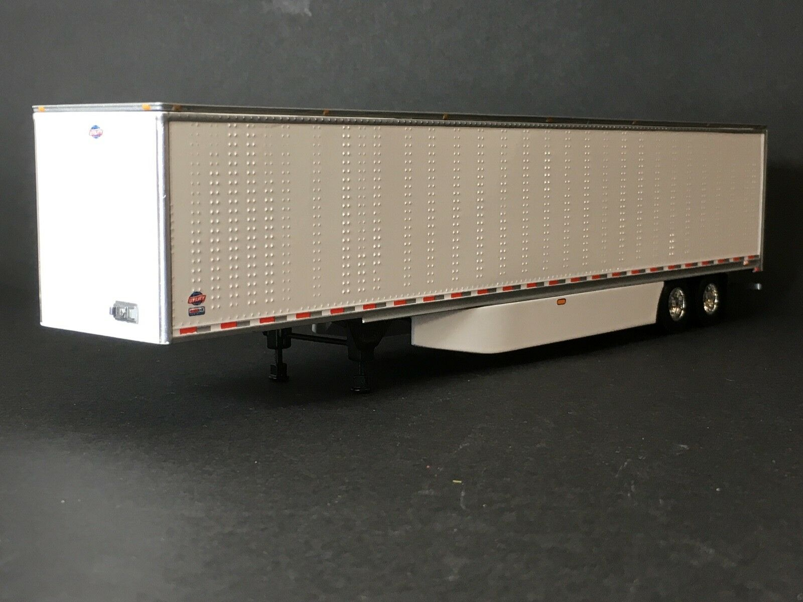 1 64 DCP 53' UTILITY 3000D-X DRY VAN TRAILER TRAILER TRAILER W  WIND SKIRTS fbb476