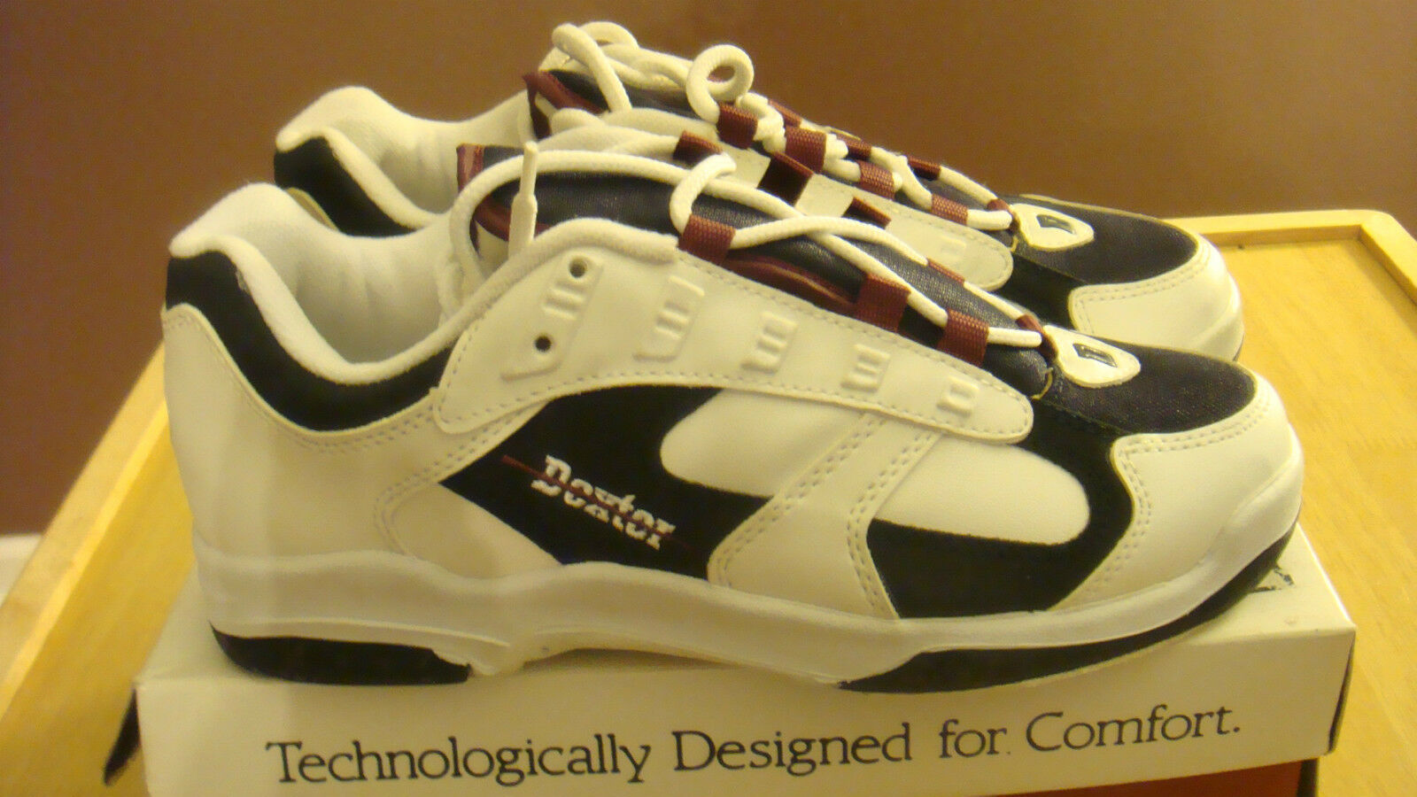 BRAND NEW Mens Dexter Phil Size 7 M Bowling Ball shoes White Navy Burg No Bag