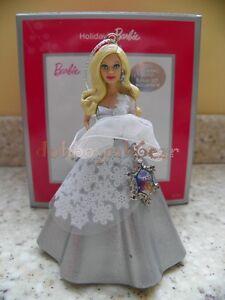 Carlton-Cards-American-Greetings-2013-Holiday-Barbie-Series-Christmas-Ornament