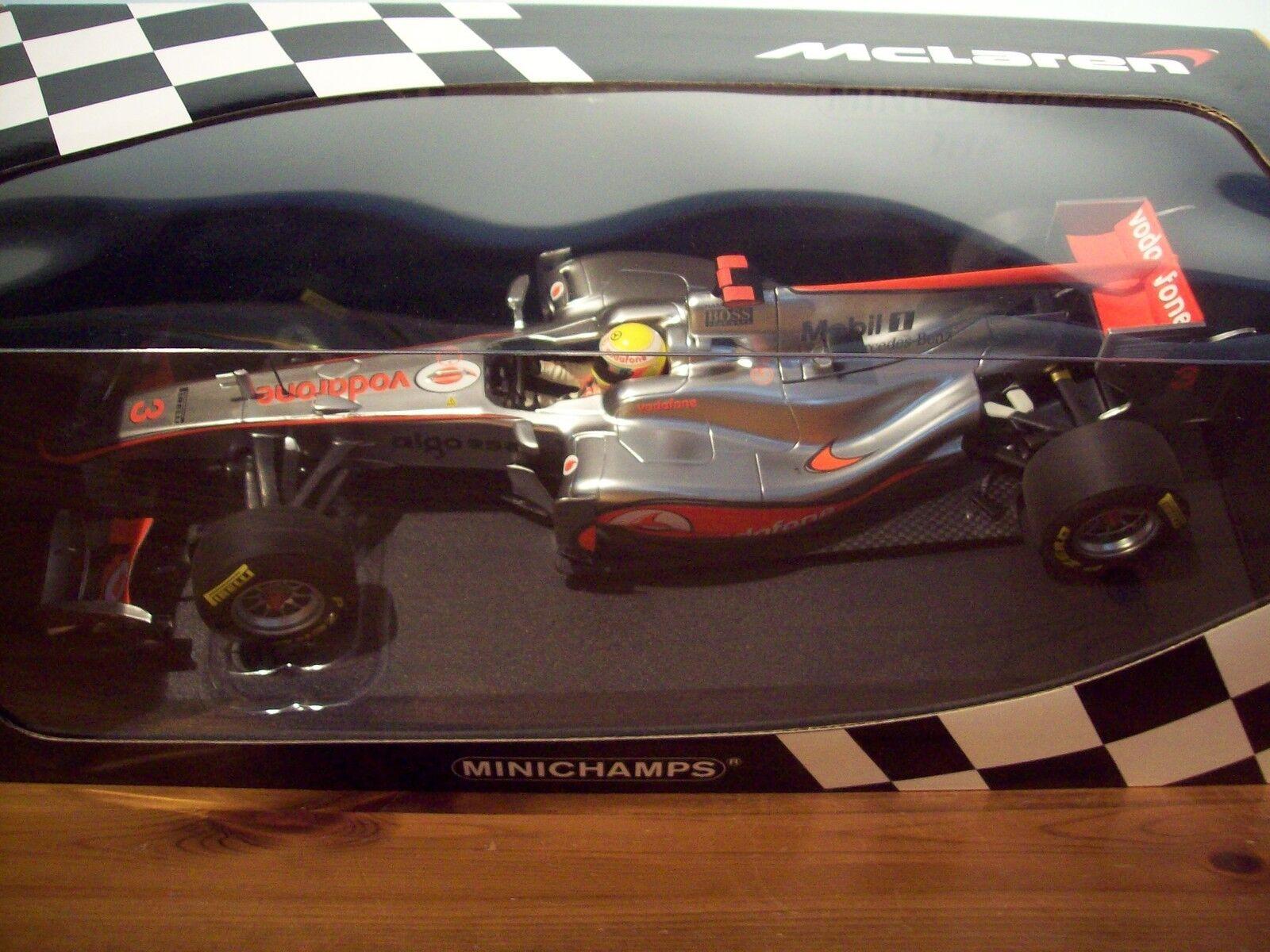 1 18 McLaren Vodaphone Mercedes Showcar 2011 Lewis Hamilton