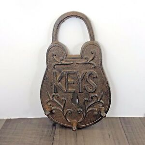 PADLOCK-WALL-HANGING-KEY-HOOK-THREE-HOOKS-CAST-IRON-VINTAGE-INSPIRED