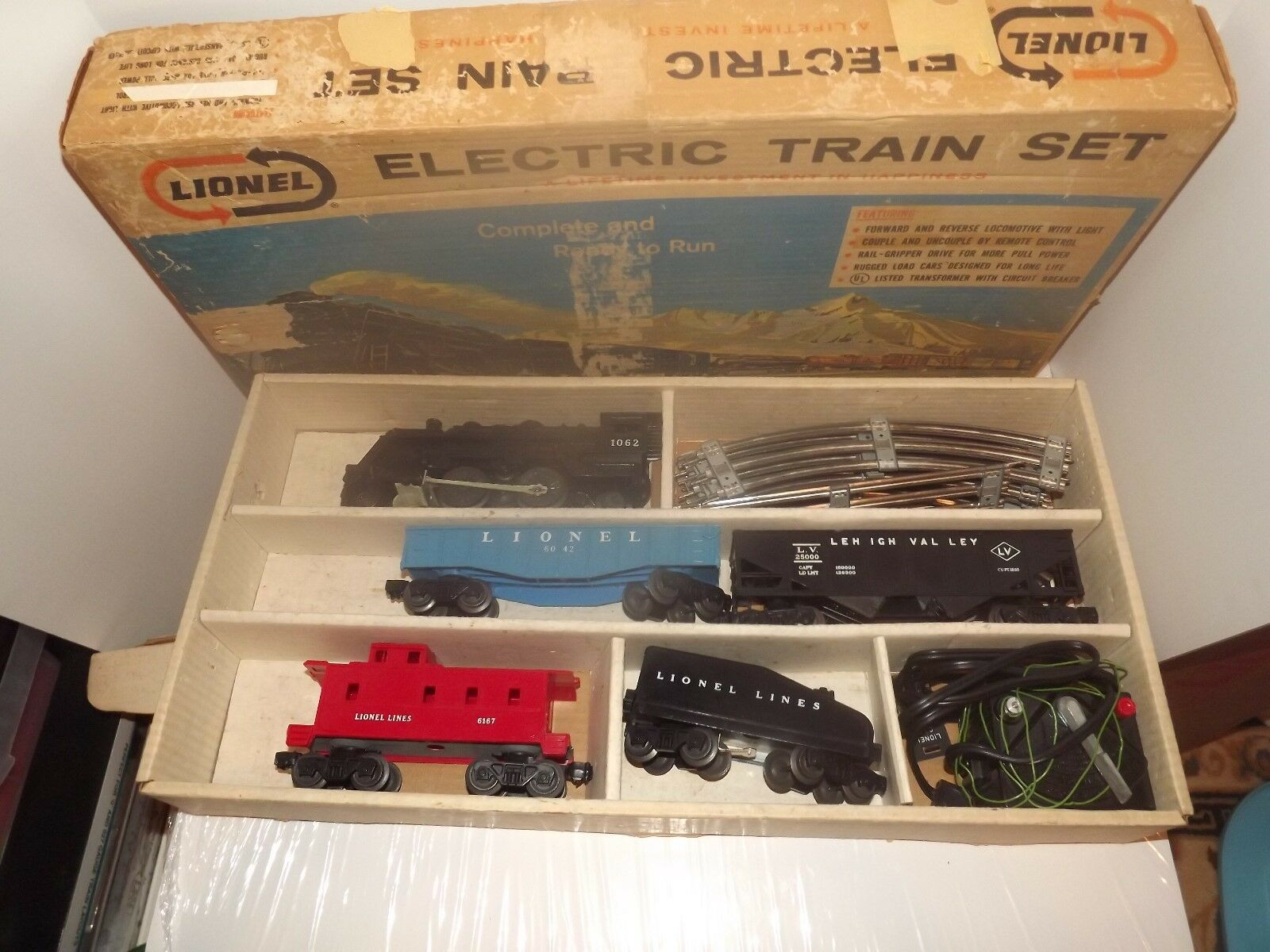 Post-War O Gauge Lionel Electric Train Set  19500
