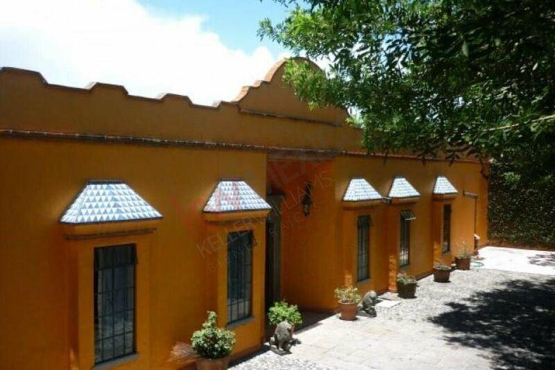 CASA EN VENTA, PALMIRA, CUERNAVACA, MORELOS