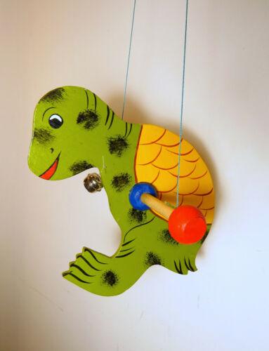 Mobile Schildkröte aus Holz Babyzimmer Kinderbett Dekoration bunt Glöckchen NEU