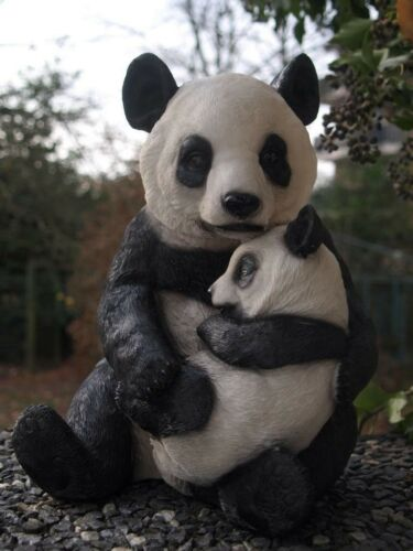 Panda Bär Figur mit Baby 30x 20cm Gartenfigur Gartendeko Tierfigur Bambus NEU
