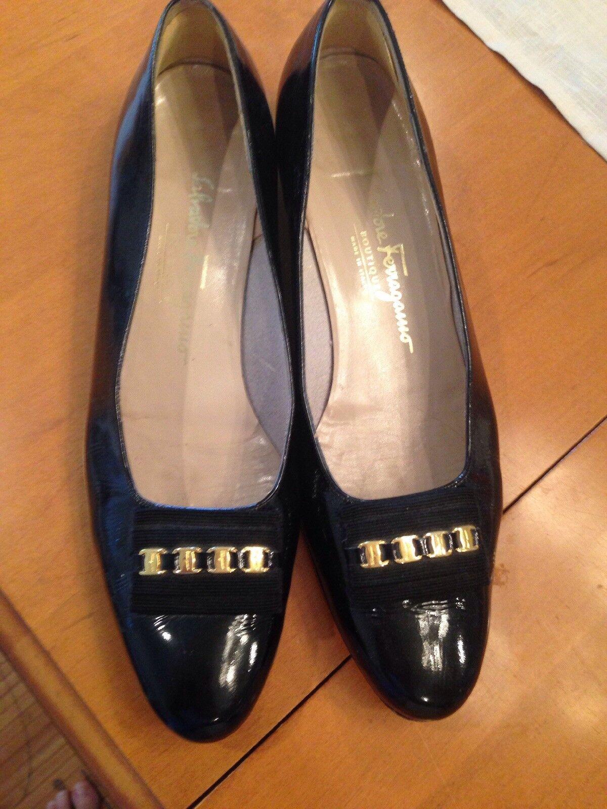 più preferenziale Donna  Classic Ferragamo nero Patent Leather Pumps Dimensione 10AA 10AA 10AA  ordina adesso