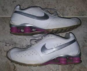 a41f6149960 Nike Shox Classic II Women s Size US7.5 ONLY MODEL FOR SALE ON EBAY ...