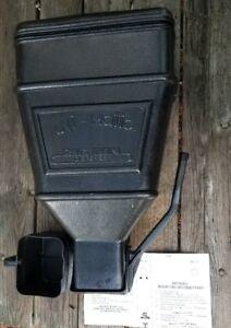 Uni-Matic-Big-Bin-40-Lb-Dispenser-Feed-Seed-dry-bulk-material-Storage-Unit