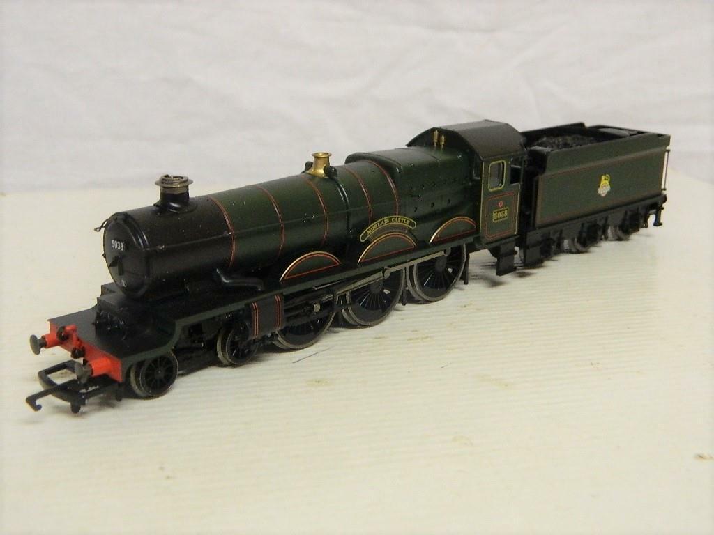 Hornby OO BR Castle Class 4-6-0 Tender Loco Morlais Castle 5038 R2364M