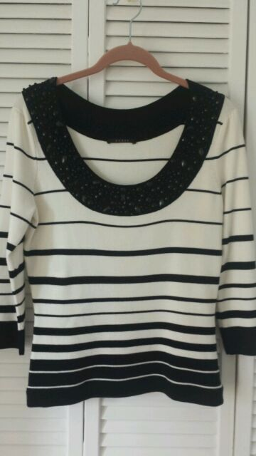 Cyrus size S ivory, black striped top, accent neckline 3/4 sleeve viscose nylon