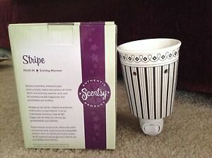 Stripe-Plug-In-Scentsy-Warmer