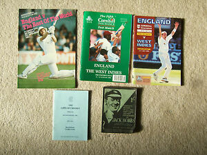 signed small booklet the laws of cricket by marlene cricket club 1992 issue - <span itemprop=availableAtOrFrom>Benfleet, United Kingdom</span> - signed small booklet the laws of cricket by marlene cricket club 1992 issue - Benfleet, United Kingdom