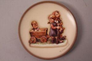 Goebel-Hummel-Joyful-Trip-Hum-887-Pleasant-Journey-Motif-1987-Plate-Series