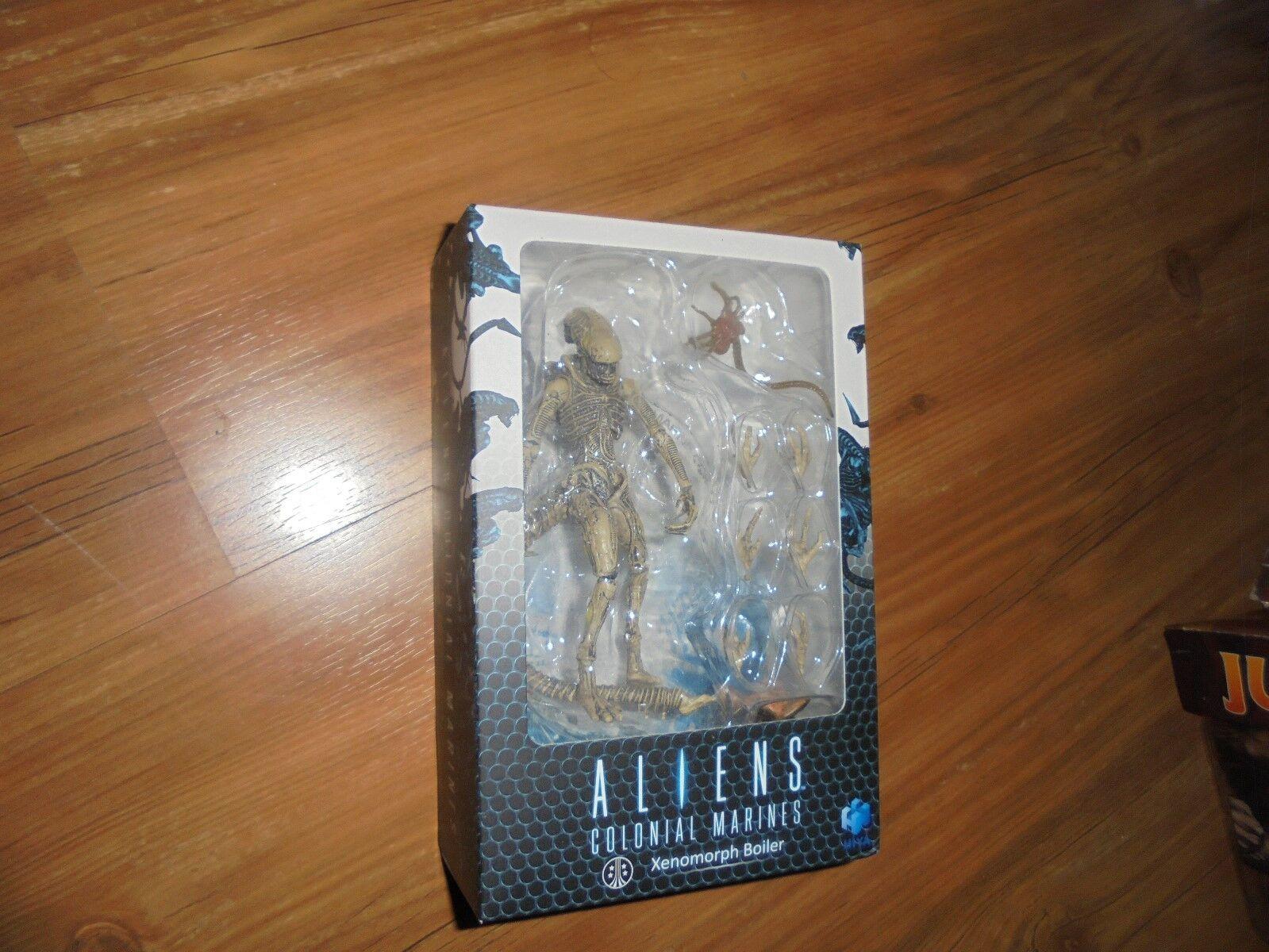 Aliens Colonial Marines  XENOMORPH BOILER Boxed  Action Figure HIYA 2012