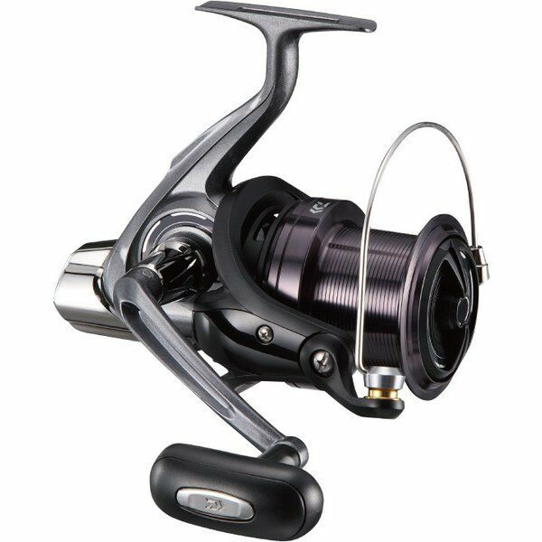 Daiwa 17 CROSSCAST Spininng 4000 Spininng CROSSCAST Reel SURF CASTING from Japan New 2f1291
