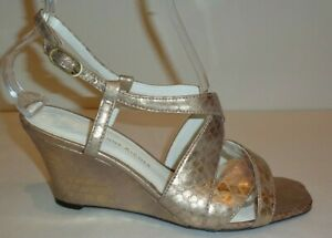 Etienne-Aigner-Size-7-5-M-ASHTON-Gold-Wedge-Heel-Sandals-New-Womens-Shoes