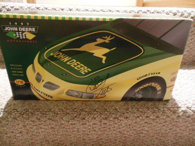 1 18 SCALE--ERTL CHAD LITTLE JOHN DEERE NASCAR with his Signature on Box