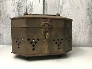 Vintage-Brass-Treasure-Chest-Large-Cricket-Box-Style-Jewelry-Box-Or-Storage