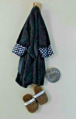 Dollhouse Miniature Wedding Shoes /& Bridal Veil with Pearl Trim   1:12 scale