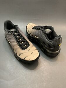 half off 86920 4b2a6 Details about NIKE AIR MAX PLUS TN TUNED [852630 026] GRADIENT VAPOR BLACK  SAND SZ 6 WMNS 7.5