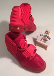 0620c0ae82d572 Nike AIR YEEZY 2 SP  RED OCTOBER  508214-660 Hi Top Trainers UK 3.5 ...