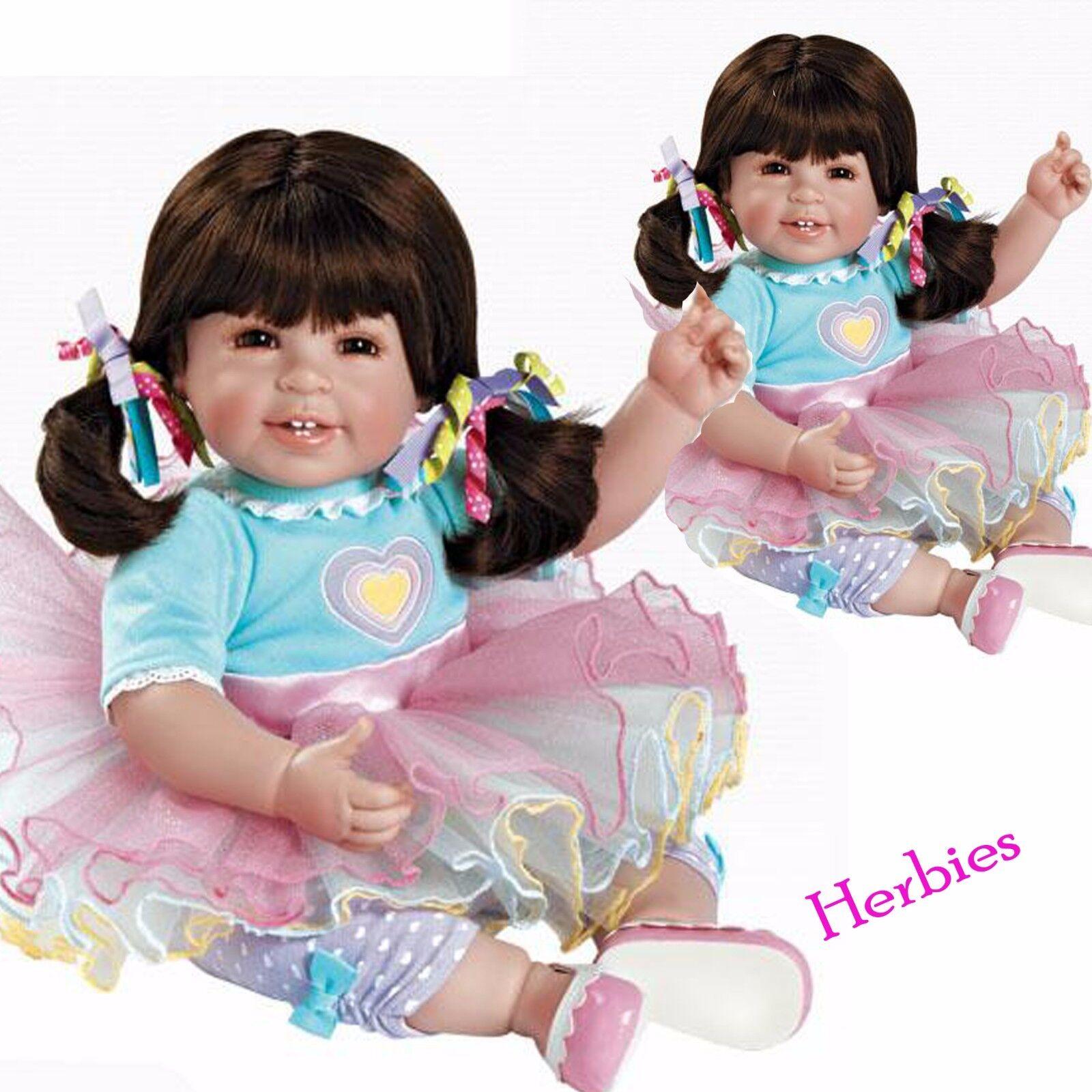Adora Dolls Sugar Rush carisma Muñecas, 20  Muñeca Bebé Paño y vinilo.