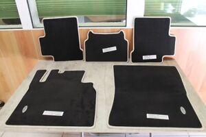 Mercedes-G-Klasse-W463-Fussmatten-Automatten-Veloursmatten-Matten-Teppich