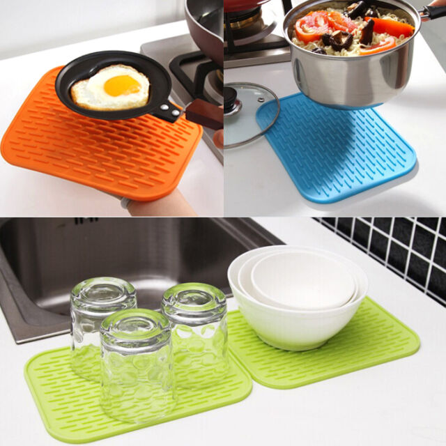 Silicone Kitchen Plum Blossom Heat Insulation Bowl Saucepan Mat Coasters