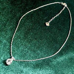 Brilliant-Swarovski-Crystal-Pendant-Silver-Toned-Necklace-Beautiful-Swan-Marks