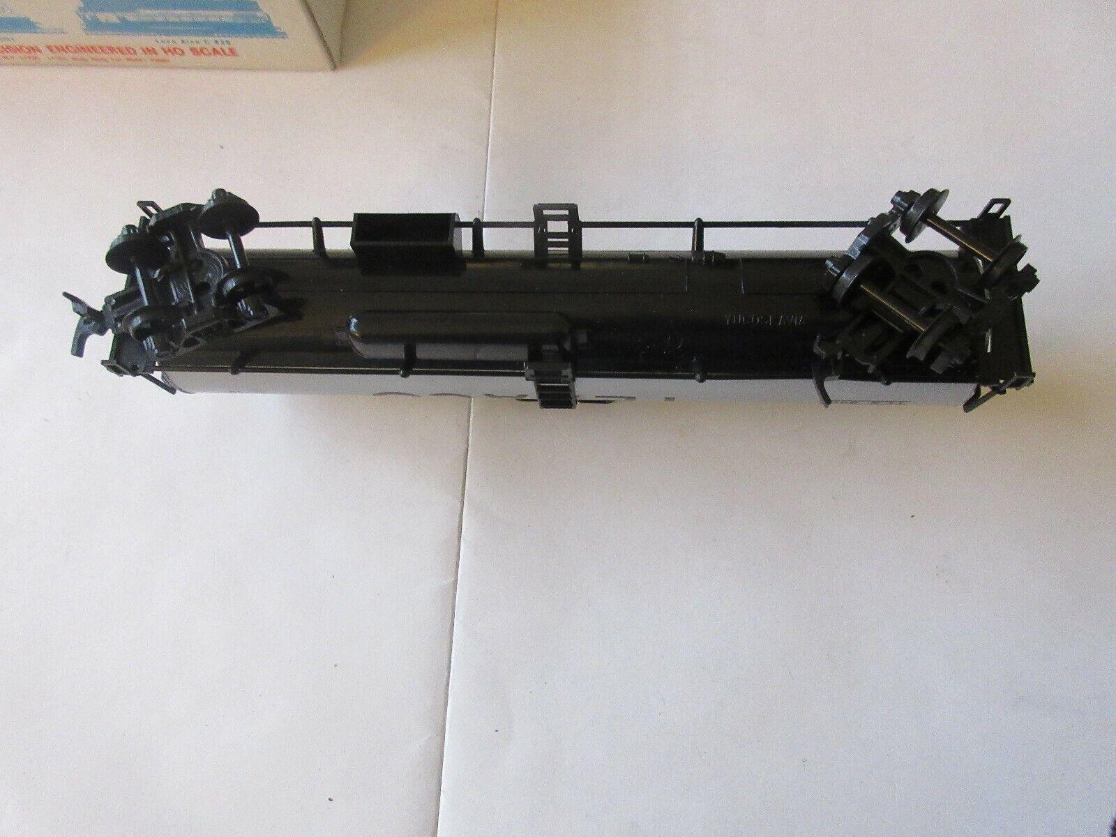 Model Power , Texaco . HO Scale , Tank Car , Caboose, L