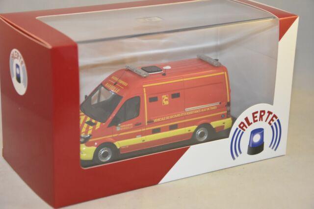 ALERTE 078C Mercedes Benz Sprinter VSAV SANICAR BMPM Pompiers Marseille 1/43