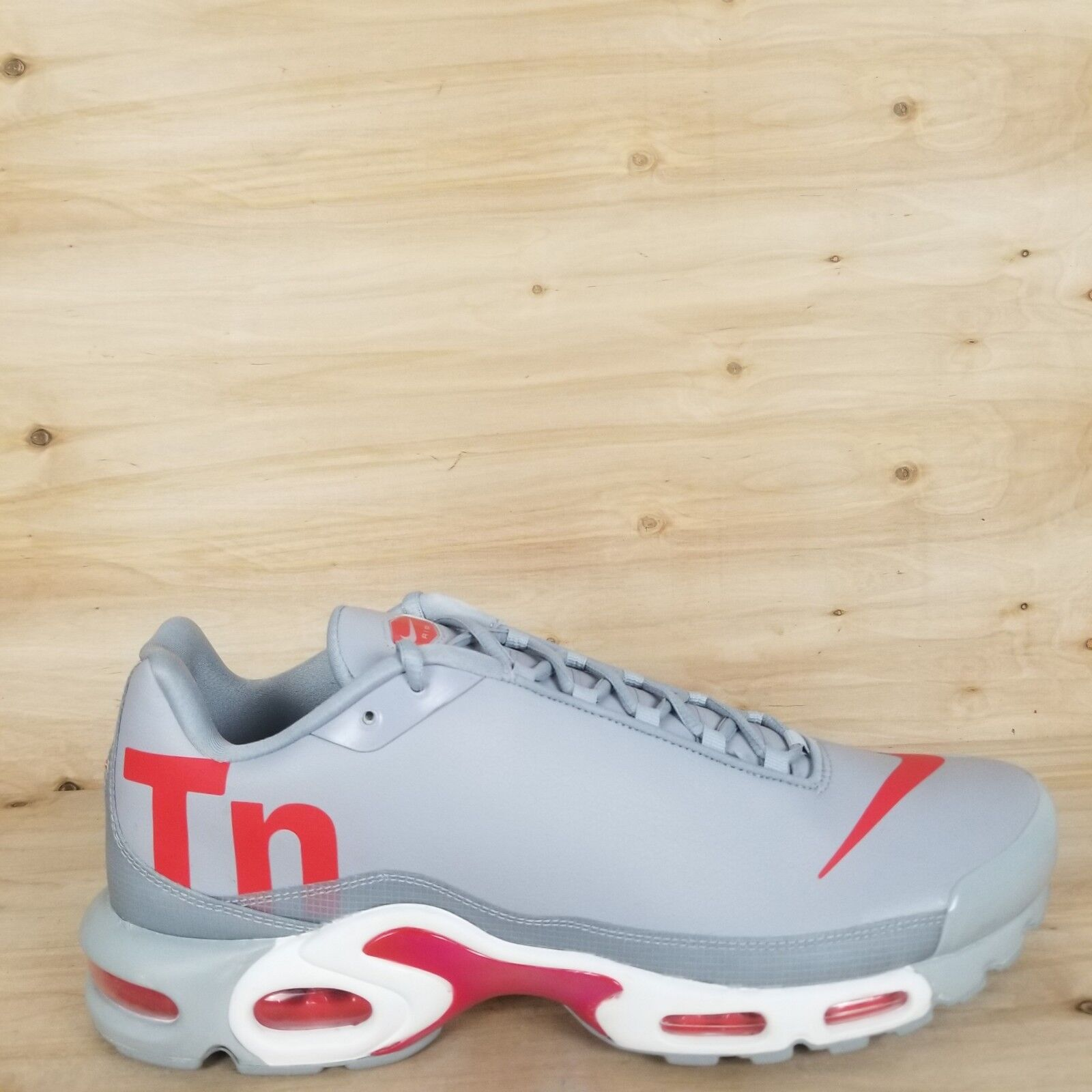 43ae5f1088 NIKE AIR MAX PLUS SE RUNNING MERCURIAL WOLF GREY RED MEN'S SZ 13-15 TN SHOES  neihtb4678-Athletic Shoes