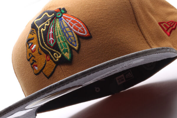Chicago Blackhawks New Era 59Fifty Rustice Vize Fitted Hat