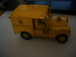 RARE BENBRO AA LANDROVER  IN  PLAYED WITH CONDITION FOR RETORATION DOORS MISSING
