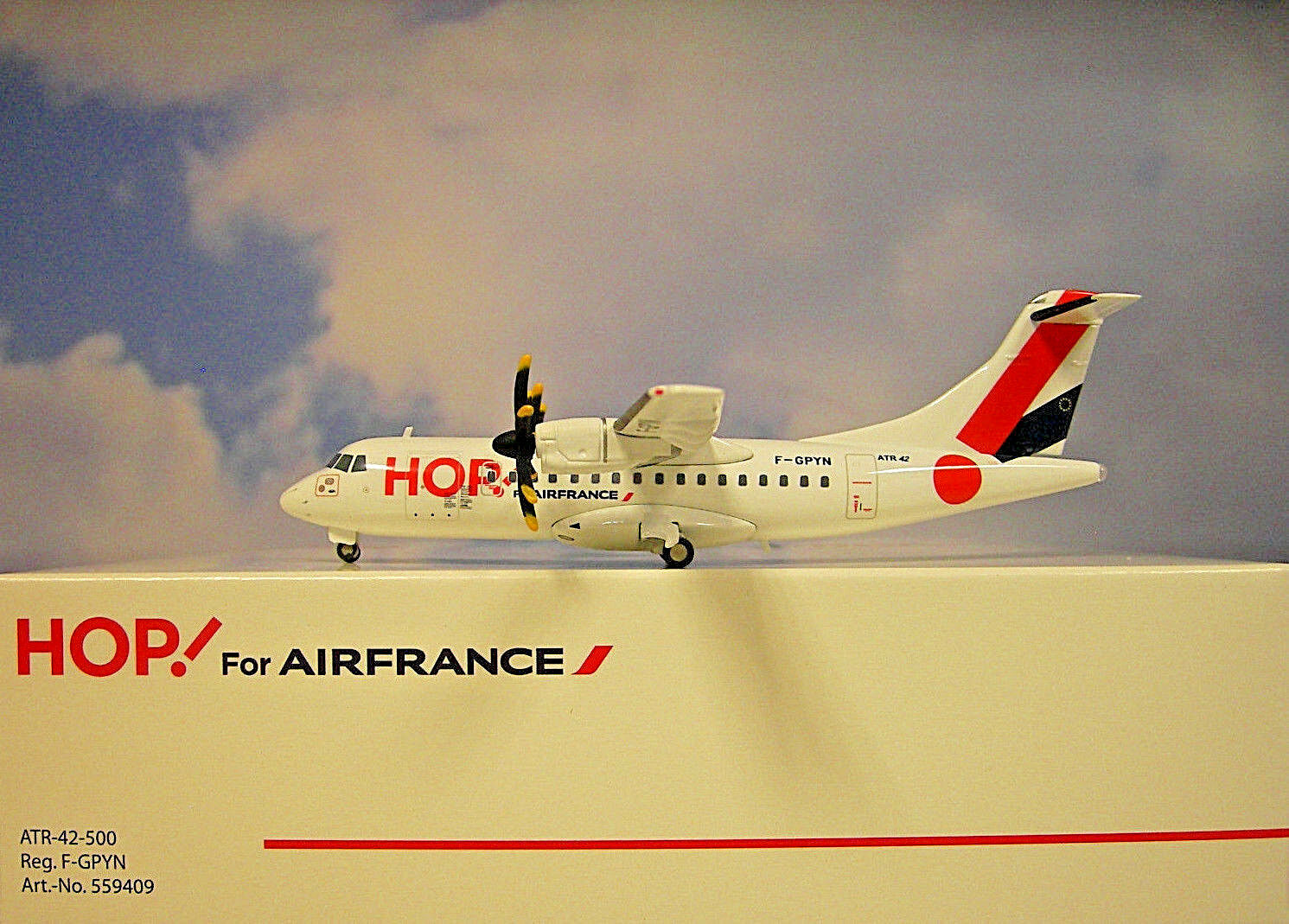 Herpa Wings 1 200 ATR 42-500 Hop for Air fgpyn 559409