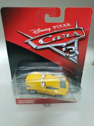 Voiture cars disney pixar CRUZ RAMIREZ cars mattel disney pixar cars plane