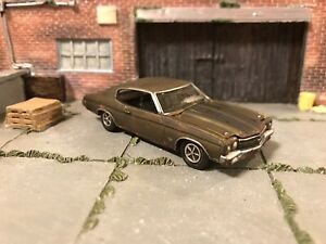 1970-Chevy-Chevelle-Rusty-Weathered-Custom-1-64-Diecast-Car-Farm-Barn-Find-Rust