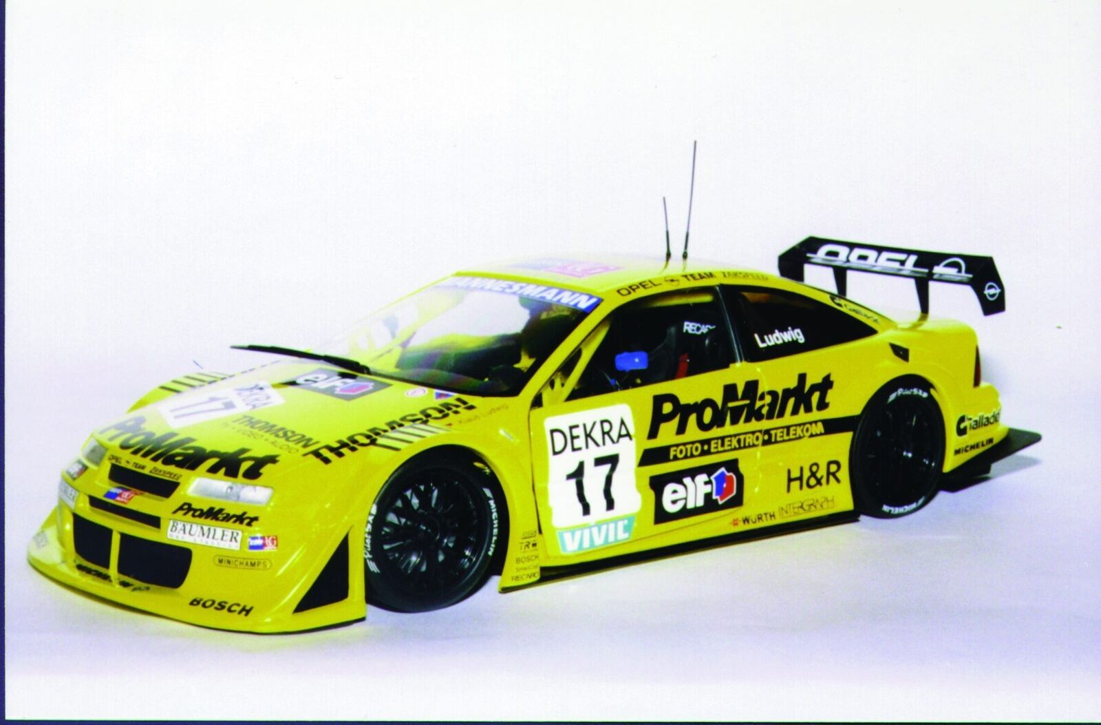UT modelos Opel Calibra'96 17 Ludwig 'Zakspeed ProMarkt'