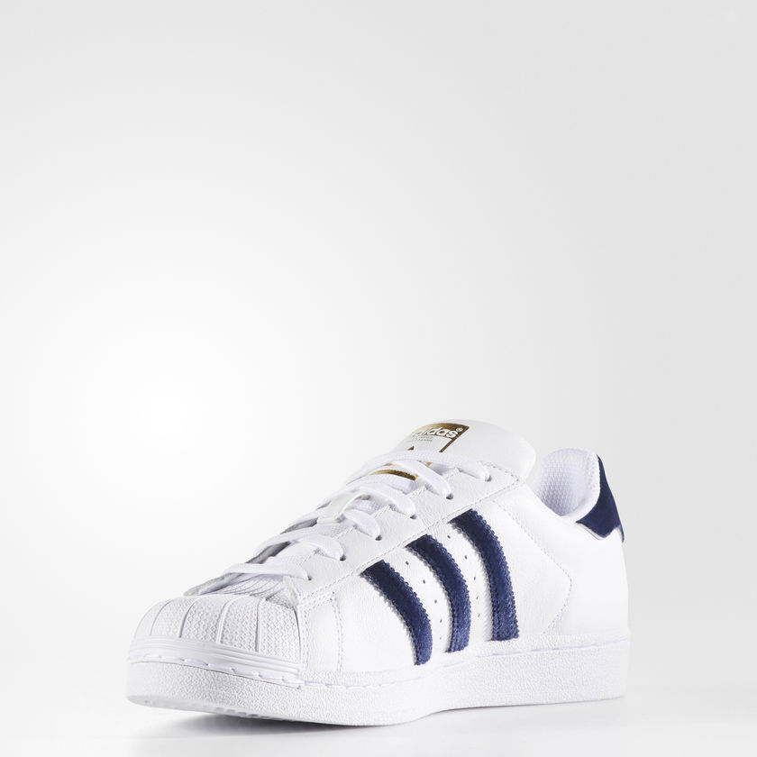 Adidas Originals Women's Superstar Sneakers Size 9 us AC7163
