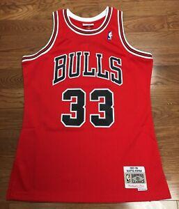 timeless design 59bb8 3f151 Details about Chicago Bulls Scottie Pippen Mitchell & Ness Swingman Jersey