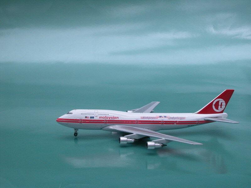 Malaysian Airlines B-747-300 (9M-MHK),KL-LA 86 livery, 1 400, Phoenix