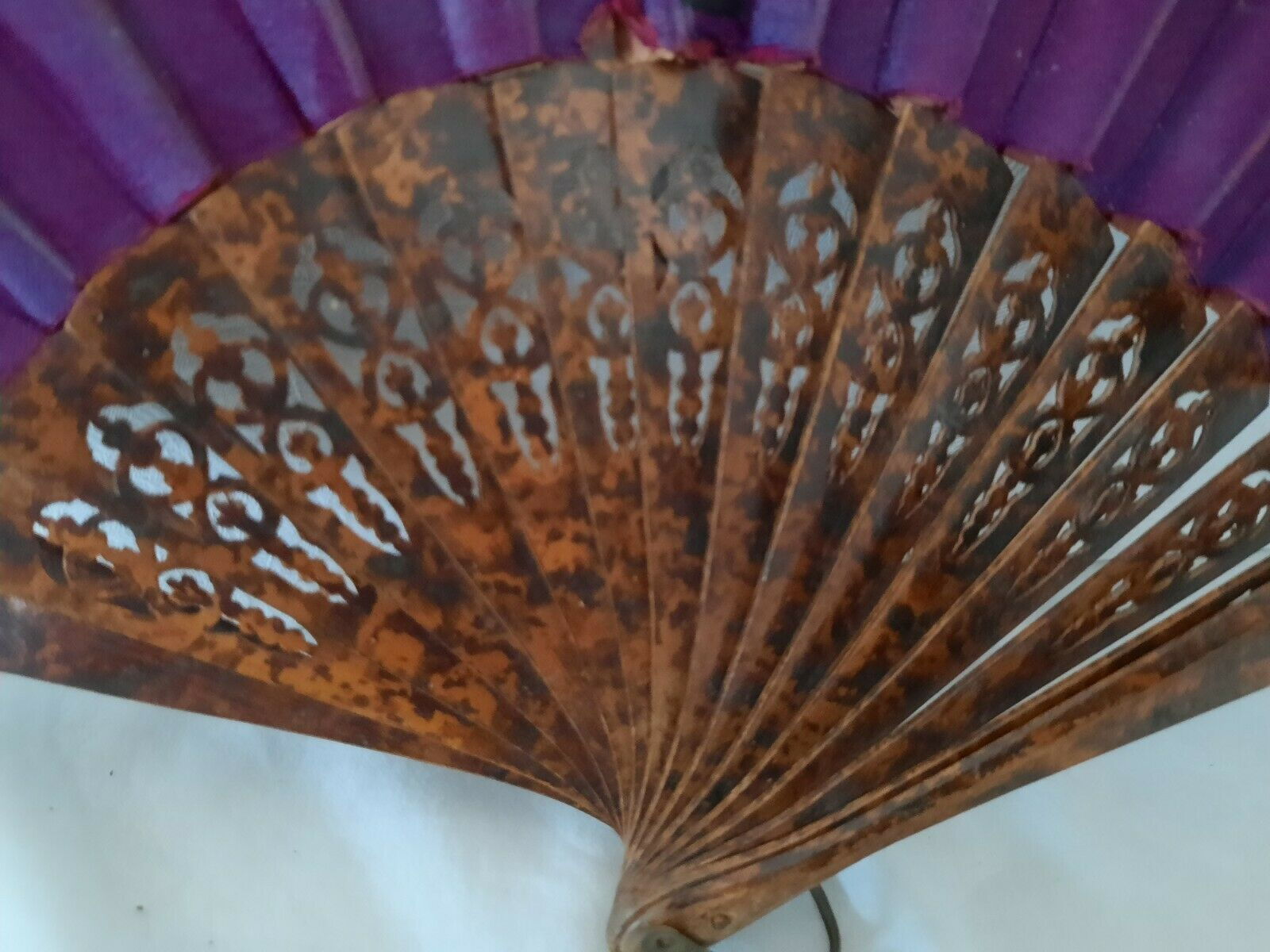 . Antique Victorian Lady's Hand painted fan