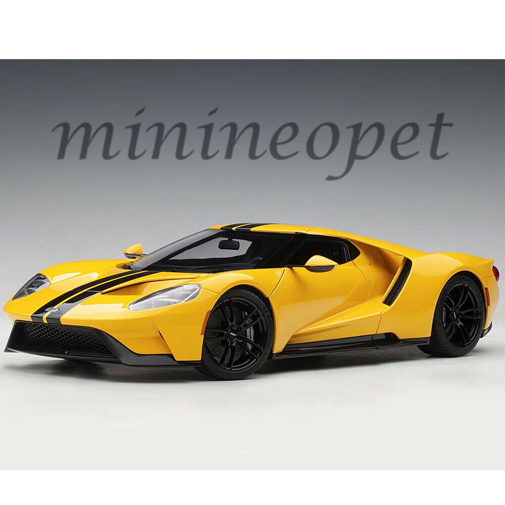 AUTOart 72944 2017 FORD GT 1 18 MODEL CAR TRIPLE YELLOW   BLACK STRIPES
