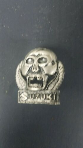 Suzuki Motorcycle pin Badge Biker Japanese Hat Vest Vintage
