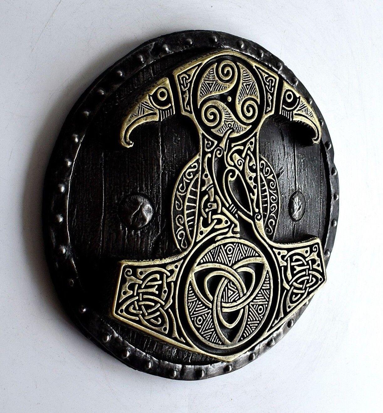 Viking Norse Mjolnir Thor Martillo Escudo de latón de montaje en parojo de hierro Escultura Arte Regalo